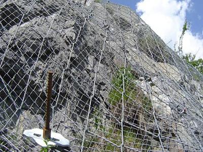 被动边坡防护网